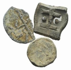obverse: LOTTO di 3 Tessere Medievali in piombo. (NON SI ACCETTANO RESI)