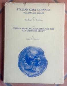 D/ Vecchi Italo. Italian cast coinage. London, 1976 cartonato con sovracoperta, pp. 50, tavv. 82