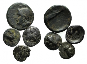D/ Lot of 4 Greek Æ coins, to be catalog.