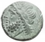 obverse: Mondo Greco - Apulia. Arpi.ca 325-250 a.C.Ae. D/ testa di Zeus a sinistra. R/ Cinghiale a destra, sopra lancia.HN Italy 642.Pesogr 8,88. Diametro mm 21,83. BB-qSPL/ BB+. Bella patina verde.