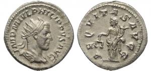 D/ Impero Romano. Filippo I. 244-249 d.C. Antoniniano. Ag. : D/ IMP M IVL PHILIPPVS AVG Busto radiato verso destra. R/ AEQVITAS AVGG Aequitas stante verso sinistra con bilancia e cornucopia. RIC.27b. Peso 3,7 gr. Diametro 23 mm. qSPL