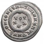 R/ Impero Romano - Costantino I 311-337. Follis. Heraclea. d/ Busto a ds con testa laureata r/ VOT/°/XX/* In sx SMHA. gr 2,24. mm 18,6 x 20,3. SPL. Patina verde su argentatura