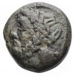 reverse: Mondo Greco -Lucania. Velia.IV-II secolo a.C.AED/ Testa di Zeus a sinistra.R/ Civetta con le ali aperte stante a destra, con la testa di fronte. g 3,17.13,6 x 14,3 mm.qBB.Patina verde
