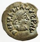 D/ Barbari. I Gepidi, re sconosciuto. ca. 540-560 d.C. Mezza siliqua al nome di Anastasio. AG. Sirmium. D/ DN ANASTASIVS P AV (tutte le N e S invertite). Busto diademato e corazzato a destra. R/ Legenda retrograda * Λ INVICTΛ + RAVNΛMI. Monogramma di Teodorico. Cfr. Demo 69-78. Cfr. Metlich S. 43, Abb. 22 var. Peso gr. 0.72. Diametro mm. 16.50. Marginale mancanza di metallo, esterna alle legende, da ore 2 a ore 4, altrimenti SPL. Molto rara e di qualità eccellente per il tipo, con una bellissima patina dai riflessi dorati. ex Artemide Aste XXXVI, lotto 388. RRR. ex Tintinna 73 lotto 433 aggiudicato ma non pagato