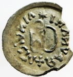 R/ Barbari. I Gepidi, re sconosciuto. ca. 540-560 d.C. Mezza siliqua al nome di Anastasio. AG. Sirmium. D/ DN ANASTASIVS P AV (tutte le N e S invertite). Busto diademato e corazzato a destra. R/ Legenda retrograda * Λ INVICTΛ + RAVNΛMI. Monogramma di Teodorico. Cfr. Demo 69-78. Cfr. Metlich S. 43, Abb. 22 var. Peso gr. 0.72. Diametro mm. 16.50. Marginale mancanza di metallo, esterna alle legende, da ore 2 a ore 4, altrimenti SPL. Molto rara e di qualità eccellente per il tipo, con una bellissima patina dai riflessi dorati. ex Artemide Aste XXXVI, lotto 388. RRR. ex Tintinna 73 lotto 433 aggiudicato ma non pagato
