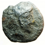 obverse: Mondo Greco. Sicilia. Selinunte. 415-409 a.C. Ae. D/ Testa di Eracle a destra. R/ ΣE. Arco e faretra. Calciati 11. Peso gr. 3,06. Diametro mm 17,8. qBB. R.