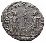 R/ Impero Romano - Delmazio da Cesare. 335-337 d.C. Ae. Heraclea. 336-337 d.C. D/FL DELMATIVS NOB CAES Busto a destra. R/GLOR-IA EXERC-ITVS / SMHG in ex. RIC VII, 561, 155. C. 10. Peso 1.12 gr. qBB. R.