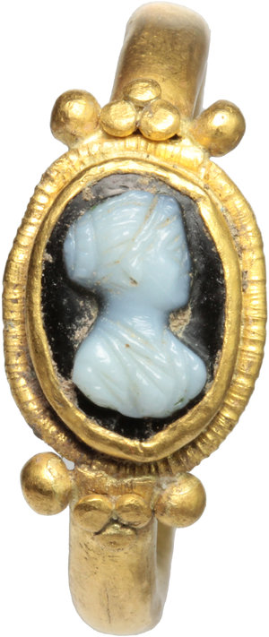 D/  Gold ring, the bezel with cameo depicting young lady resembling Faustina Minor. Roman period, 2nd century AD. 27 mm. 5.4 g.