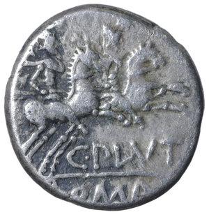R/ C. Plutius. 121 B.C. AR Denarius. 3.80 gr. - 16.7 mm. O:\ Helmeted head of Roma r.; behind, X. R:\ Dioscuri r.; below, C. PLVTI; in exergue, ROMA. Syd 410, Cr278/1. RARE. VF+