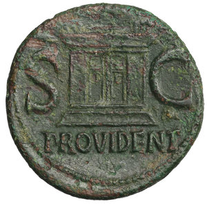 R/ Divus Augustus. Æ As. Struck under Tiberius, circa 31-37 AD. 10.85 gr. - 27.5 mm. O:\ DIVVS AVGVSTVS PATER, radiate head left. R:\ S-C either side of large altar, PROVIDENT in ex. Cohen 228. Rare. VF+