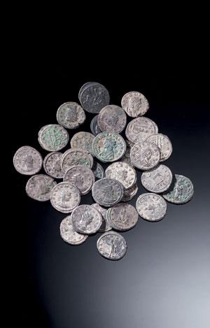 obverse:  Lotto di trenta monete Materia e tecnica: mistura d'a