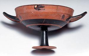 obverse:  Kylix attica a figure nere tipo lip cup Materia e tecnica: