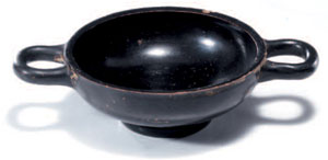 obverse:  Coppa e kylix a vernice nera Materia e tecnica: argilla fig
