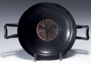 obverse:  Kylix a vernice nera Materia e tecnica: argilla figulina ro