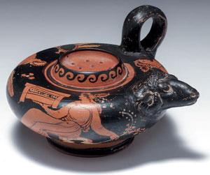 reverse:  Guttus apulo a figure rosse Materia e tecnica: argilla nocc