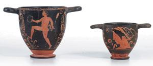 obverse:  Due skyphoi a figure rosse Materia e tecnica: argilla figul