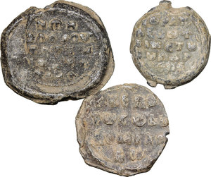 R/  Lot of 3 Byzantine bullae.     PB.      About VF/F.