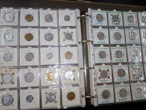 obverse: REPUBBLICA - Grosso classeur di 500 monete
