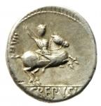 reverse: Repubblica Romana. Gens Crepusia. P. Crepusius. ca 82. a.C. Denario. Ag. D/ Testa laureata di Apollo a destra; scettro sulla spalla sinistra; sotto il mento un papavero. R/ Cavaliere a destra; brandisce una lancia; dietro XIII. In esergo P.CREPVSI. B. Crepusia 1. Syd. 738a. Cr. 361/1c. Peso gr. 4.05: Diametro mm. 17.50. BB+.
