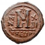 reverse: Bizantini - Maurizio Tiberio. 582-602 d.C. Follis (40 Nummi). Ae. Antiochia. 595-596 d.C. D/ Busto frontale con veste consolare. R/ Grande M ANN XIII. Peso gr. 10,7. Diametro mm. 27,2. Buon BB+.