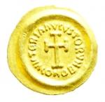 reverse: Bizantini. Eraclio. 610-641 d.C. Tremisse. Au. Ravenna. 611-641 d.C. D\ DN HIRACLIVS RP AVG Busto a destra. R\ VICTORIA AVGVSTORVM Croce potenziata, in esergo CONOB. MIB 125. Sear 902. Ranieri 572. B.C.I. vol. II, 305a. Peeso gr. 1,43. SPL. R.__