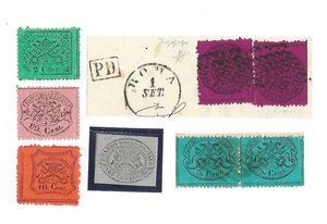 D/ FRANCOBOLLI. STATO PONTIFICIO. Pio IX (1846-70). Lotto composto da 8 valori: 2x5 centesimi e 2x20 centesimi (su grande frammento), 2, 3, 10, 80 centesimi.