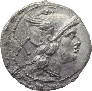 D/ ROMA REP. Periodo Anonimo (dopo il 211 a.C.) Denario (gr.3,80). D/Testa elmata di Roma a d., dietro X. R/I Dioscuri a cavallo verso d., es. ROMA. Cr.44/5. (Fessurato). AR. (Conio fresco, corrosioni)  BB/MB
