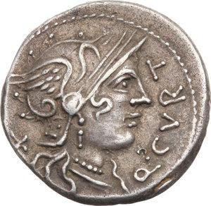 D/ ROMA REP. Curtia. Q.Curtius (108-107 a.C.) Denario. D/Testa elmata di Roma a d. R/Giove in quadriga. B.2/Cas.138. AR. BB