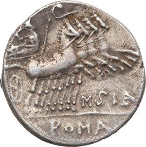 R/ ROMA REP. Curtia. Q.Curtius (108-107 a.C.) Denario. D/Testa elmata di Roma a d. R/Giove in quadriga. B.2/Cas.138. AR. BB