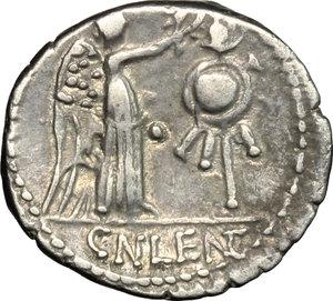 reverse: Cn. Lentulus Clodianus.. AR Quinarius, 88 BC