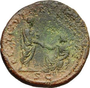 reverse: Hadrian (117-138).. AE Sestertius