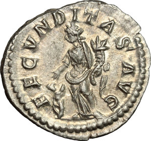 reverse: Julia Maesa, sister of Julia Domna (died 225 AD).. AR Denarius, 218-220 AD