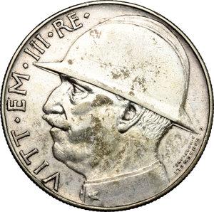 obverse: Vittorio Emanuele III (1900-1943) . 20 Lire 1928