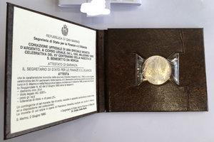 obverse: San Marino. 1000 lire celebrative del XV Centenario della nascita di S. Benedetto da Norcia 1980 in confezione zecca