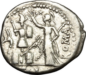 R/ M. Furius L. f. Philus. AR Denarius, 119 BC.  D/ Head of Janus, laureate. R/ Roma standing left, holding sceptre and crowning trophy. Cr. 281/1. AR. g. 3.77  mm. 21.00    Good VF.