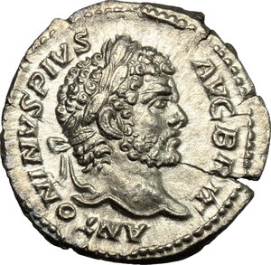 D/ Caracalla (198-217). AR Denarius, 213 AD.  D/ Head of Caracalla right, laureate. R/ Hercules standing left, holding branch and club; over left arm, lion's skin draped. RIC 206a. AR. g. 1.81  mm. 19.00   Obverse struck from fresh die. VF.