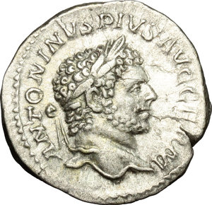 D/ Caracalla (198-217). AR Denarius, 215 AD.  D/ Head of Caracalla right, laureate. R/ Pax standing left; holding branch and scepter. RIC 268. AR. g. 2.80  mm. 19.00   Very nice portrait. VF.