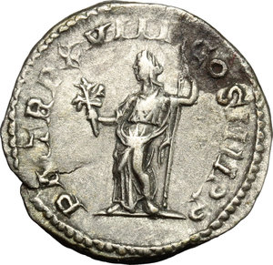 R/ Caracalla (198-217). AR Denarius, 215 AD.  D/ Head of Caracalla right, laureate. R/ Pax standing left; holding branch and scepter. RIC 268. AR. g. 2.80  mm. 19.00   Very nice portrait. VF.