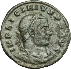 D/ Licinius I (308-324). AE follis, Arelate mint, 317-318.  D/ Bust of Licinius right, laureate, draped, cuirassed. R/ Sol standing left with chlamys over left shoulder; raising right hand and holding in left globe. RIC 154. AE. g. 2.64  mm. 21.00   Dark patina. About VF/F.