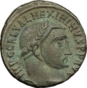 D/ Maximinus II Daia (309-313). AE follis, Alexandria mint, 312-313.  D/ Head of Maximinus right, laureate. R/ Genius standing left, wearing chlamys on left shoulder and modius on head; holding head of Serapis and cornucopiae. RIC 160b. AE. g. 5.39  mm. 20.00   Green patina. VF/About VF.