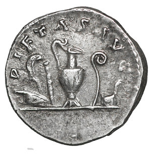 R/ Marcus Aurelius as Caesar AD 139-161. Struck AD 140-144. Rome. Denarius. AR 15 mm - 3,25 gr. O:\ AVRELIVS CAES-AR AVG PII F COS, bare head right. R:\ PIETAS AVG, knife, sprinkler, ewer, lituus and simpulum. C 451; BMC A. Pius 277; RIC A. Pius 424a. XF+
