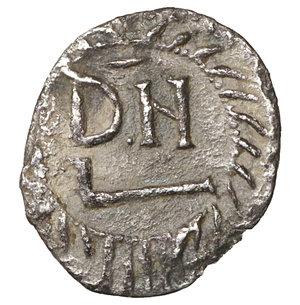 reverse: GERMAN TRIBES THE VANDALS. Thrasamund, 496-523. Half siliqua, Carthage 496-523. 0,72 gr. - 12,7 mm. O:\ DN RG THRA – SAMVNDVS Pearl-diademed, draped and cuirassed bust r. R:\ DN within wreath. BMC Vandals 12. MIB 6a. MEC I, 17. Old cabinet tone. VF+. R2