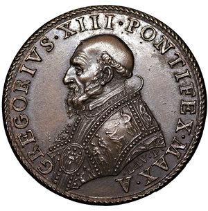 obverse: Stato Pontificio. Gregorio XIII. 1572-1585. Medaglia. 32,47mm. – 18.70 gr. Firma LAV.P. D:\ Busto. R:\ Carità con bambini. Spink687. Rara. FDC, Patina da monetiere