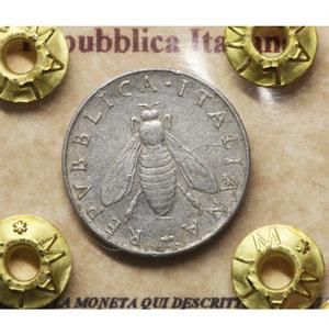 D/ Repubblica Italiana. 2 Lire 1953. BB+. PERIZIATA