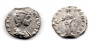 obverse: GIULIA DOMNA (217). AR Denarius (3,25 gr.). R.\: VESTAE SANCTAE. C. 246. qBB.