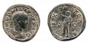 obverse: FILIPPO II (247-249), Roma. AE Sestertius (21,85 gr. - 32 mm.). R.\: PAX AETERNA. BB. Molto affascinante.