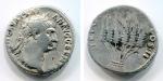 reverse: Traiano (98-117). Roma o Ephesus (zecca incerta), circa 98. AR Cistophorus (9,53 gr. – 25 mm.). D.\: IMP CAES NERVA TRAIAN AVG GERM P M, testa laureata a destra dell'imperatore. R.\: TR POT COS II, sei spighe di grano legate insieme. RIC II, 717. RPC III, 1317. qBB. R.