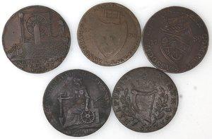 reverse: Token.  Lotto di 5 pezzi da half penny. Ae. Irish Miners 1795, Norwich 1792, Norwich con il castello 1793, Portsmouth 1794. Emsworth 1794. Mediamente qBB.