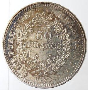 obverse: Monete Estere. Francia. 50 Franchi 1975. Ag 900. Km. 941.1. Peso 30 gr. qFDC. Rovescio patinato.