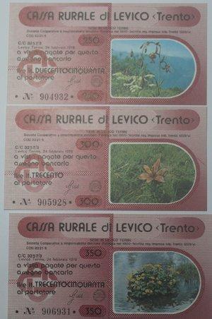 reverse: Miniassegni. Cassa Rurale di Levico. Serie figurativa Fiori completa di 6 pezzi da 100, 150, 200, 250, 300 e 350 Lire. Al portatore. 24/02/1978. FDS.